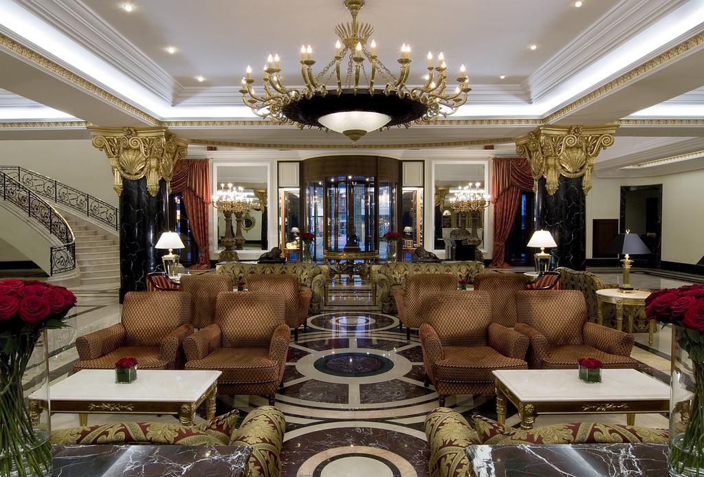 Hotel Ritz-Carlton, Moscow, Reception